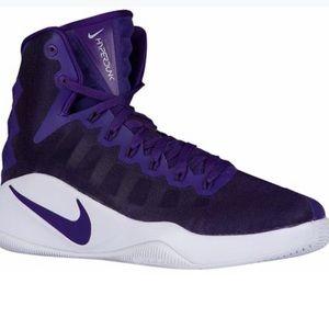 Nike Womens Hyperdunk Basketball Hightop Shoe 8